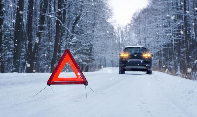 Ликбез от спасателей: что делать, если на трассе заглох автомобиль