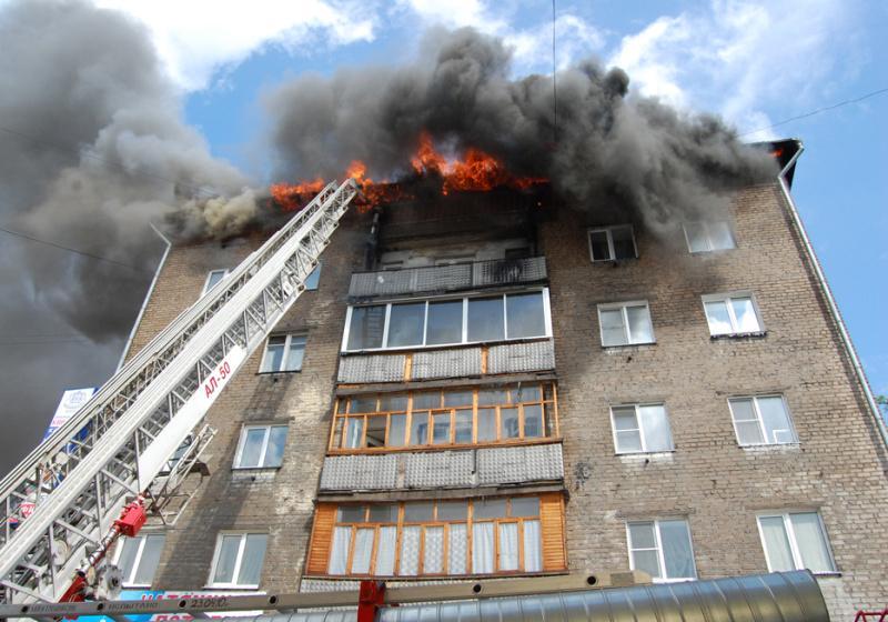 Правила от спасателей: как защитить свой дом от пожара и спасти себя