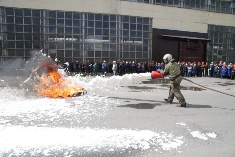 Пожарно-тактические учения прошли на крупном промышленном предприятии г.Екатеринбурга